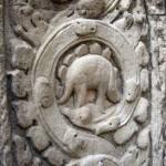Angkor Wat'da Ta Prohmt Manastrındaki Dinazor Kabartması Kafa Karıştırıyor.